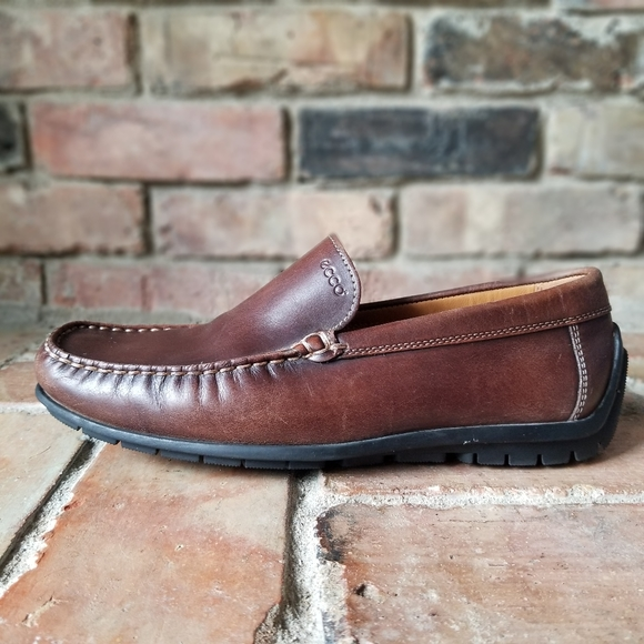 Ecco Classic Moc Leather Slip-on Comfort Driving